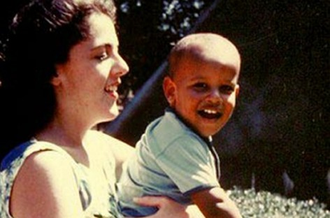 At Morehouse Graduation, Obama Blames Kenyan Deadbeat Dad, But What About His White Deadbeat Mom?