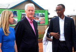 Chelsea Clinton, Bill Clinton and Paul Kagame