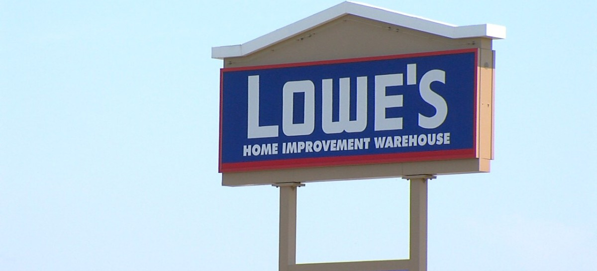Lowe's established the 10% Military Discount to extend their gratitude to the men and women who have served or are currently serving our country in the US armed forces.