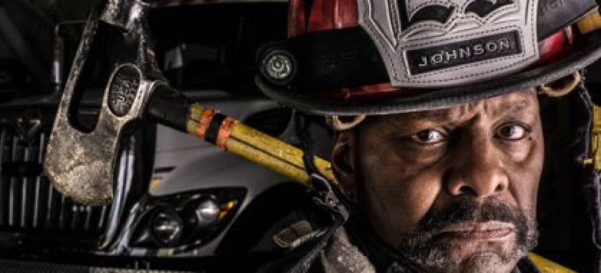 """Black Fire Captain Who Allegedly Called Firefighter """"Little White Boy"""" Loses Job"""