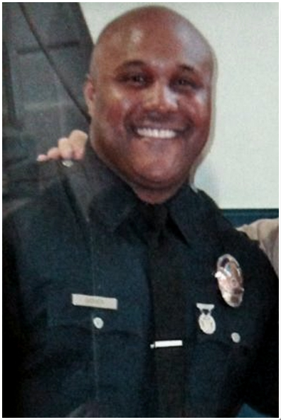 "White Cop Who Chris Dorner Accused of Excessive Force Sues Over ""Racial Tension"" at LAPD"
