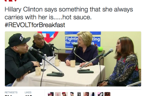 Hillary Clinton Carries Hot Sauce in Her Bag Too, Just Like Beyoncé